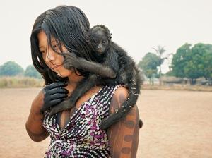 kayapo-girl-with-spider-monkey-615
